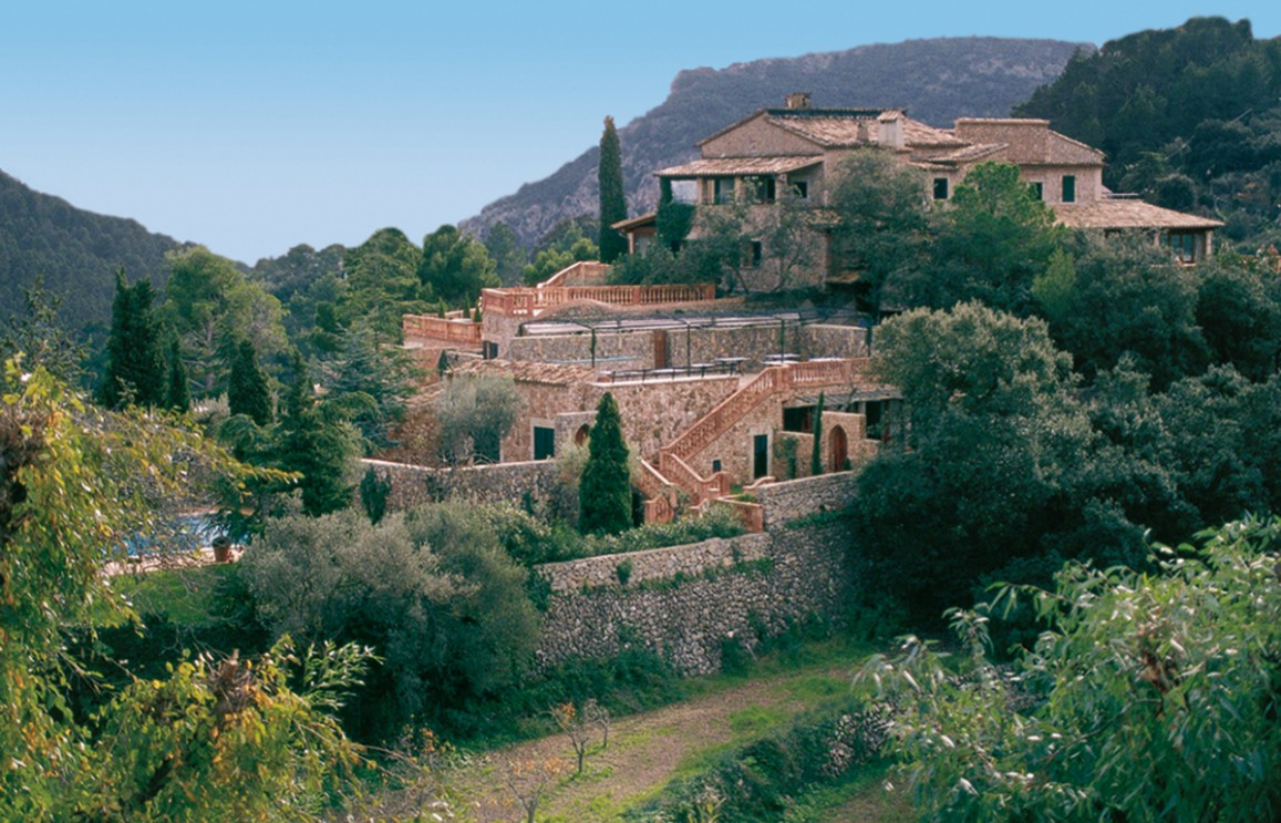 Valldemossa boutique hotel and gourmet restaurant in the for Valldemossa mallorca