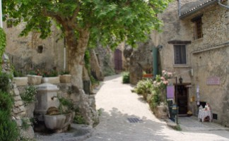 Provence's village in the sky, Tourtour