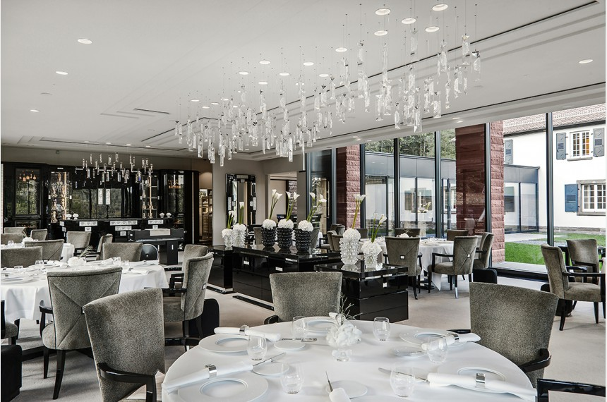 villa ren lalique restaurant 2 toiles michelin wingen. Black Bedroom Furniture Sets. Home Design Ideas