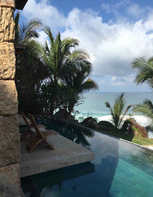 La piscine de l'Imanta Punta de Mita avec vue sur l'Océan Atlantique