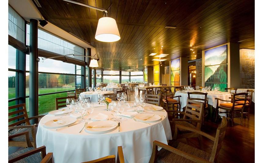 """Résultat de recherche d'images pour """"restaurant Regis et Jacques Marcon"""""""