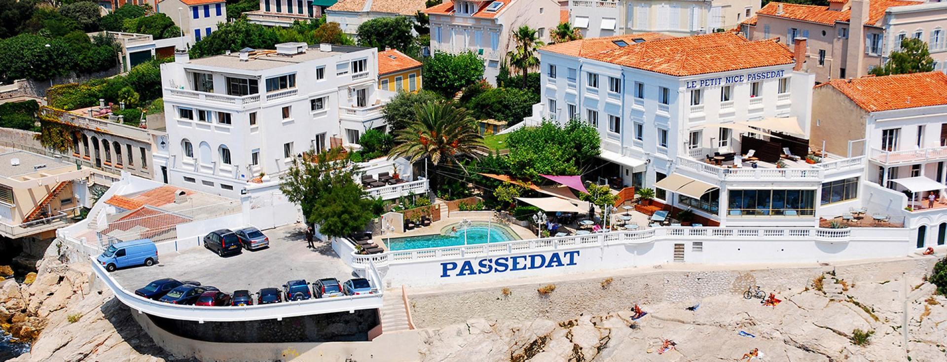 Le petit nice pass dat h tel de luxe en bord de mer marseille relais ch teaux - Le petit nice bar marseille ...