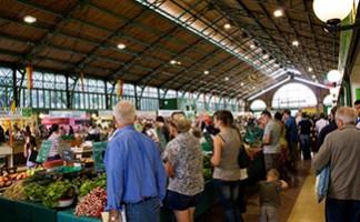 Joigny's market