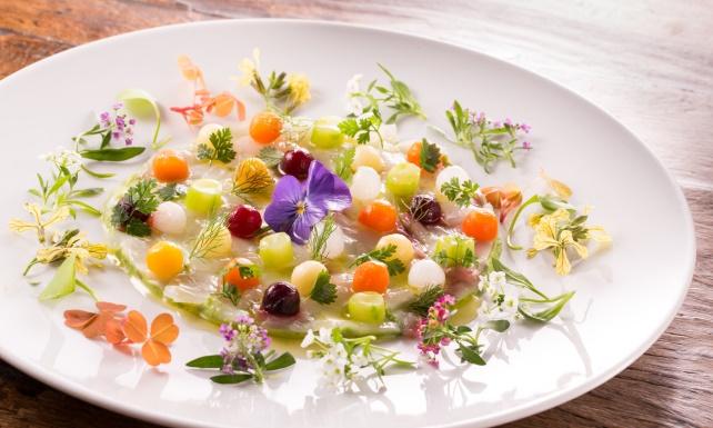 A sense of weightlessness at pr s d eug nie le magazine de relais ch teaux - Michel guerard cuisine minceur ...