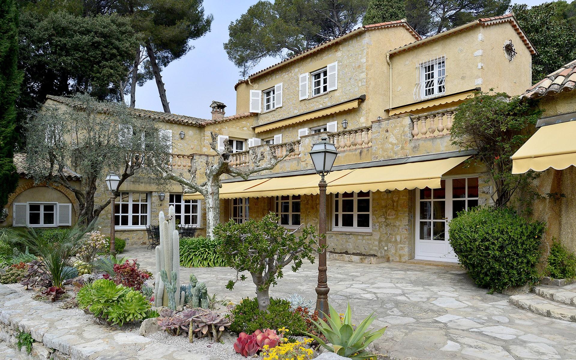 Villa Yabassi
